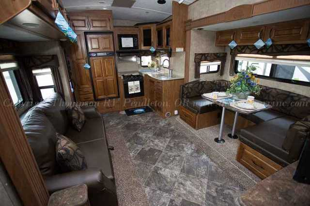 2016 New Outdoors Rv Glacier Peak F26rks Fifth Wheel In