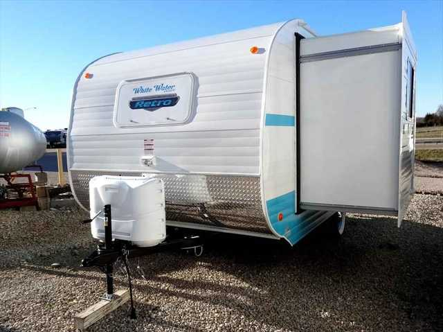 2016 New Riverside Rv Retro 176 Slide Travel Trailer In