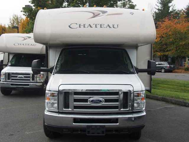 2016 New Thor Motor Coach Chateau 29g Ford Class C In