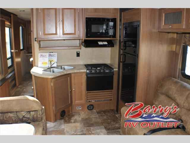 2016 Used Coachmen Rv Leprechaun 317sa Ford 450 Class C In
