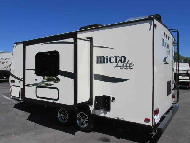 2016 Used Flagstaff Micro Lite 21fbrs Travel Trailer In