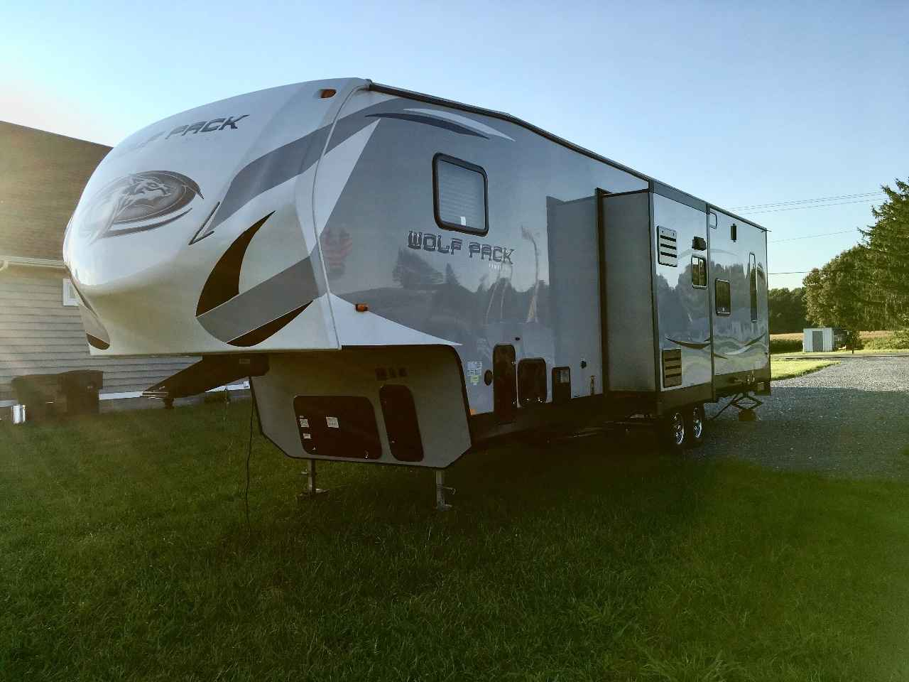 2016 Used Forest River CHEROKEE WOLF PACK 325PACK13 Toy Hauler in Delaware DE