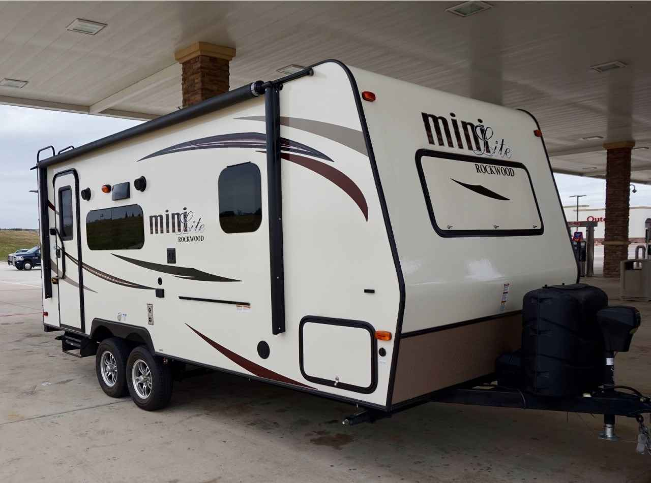 Travel Trailers For Sale Near Me >> 2016 Used Forest River ROCKWOOD MINI LITE 2109S Travel Trailer in Texas TX