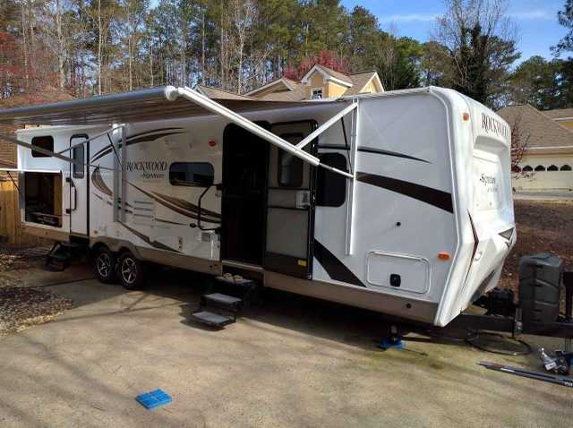 2016 Used Forest River Rockwood Signature Ultra Travel