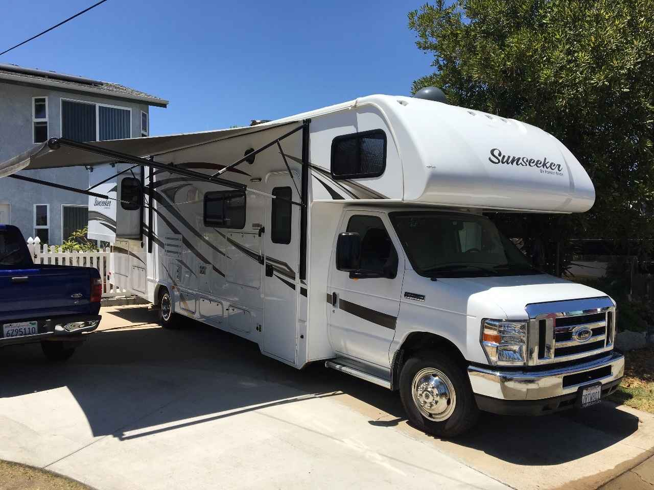 2016 Used Forest River Sunseeker 3010ds Class C In