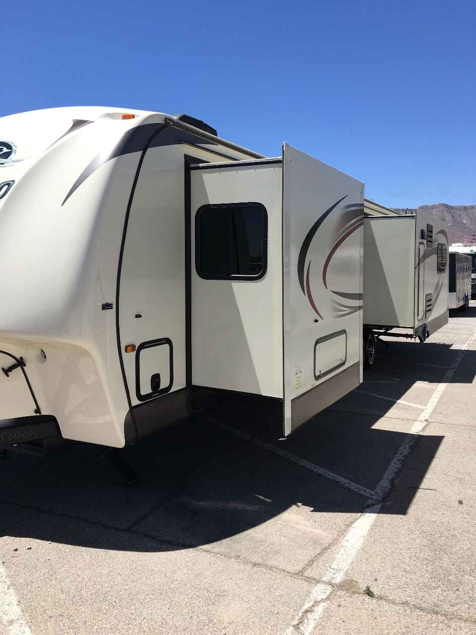 2016 Used Jayco EAGLE 338RETS Travel Trailer in Texas TX