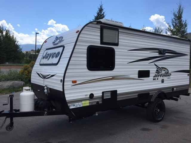 2016 Used Jayco Jay Flight Slx 185rb Travel Trailer In