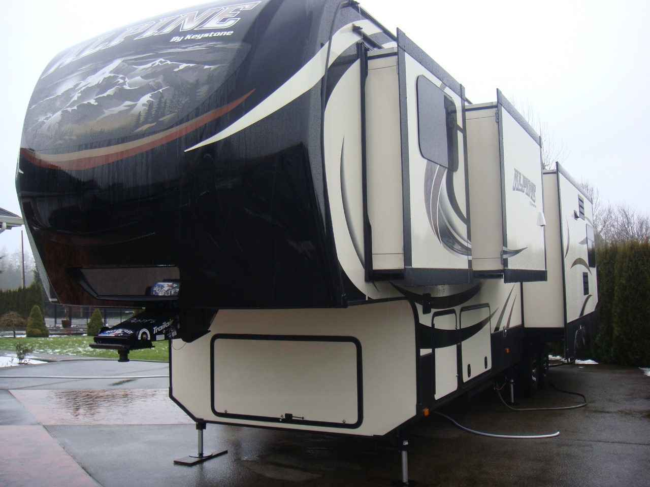 2016 Used Keystone Alpine 3590rs Fifth Wheel In Washington Wa