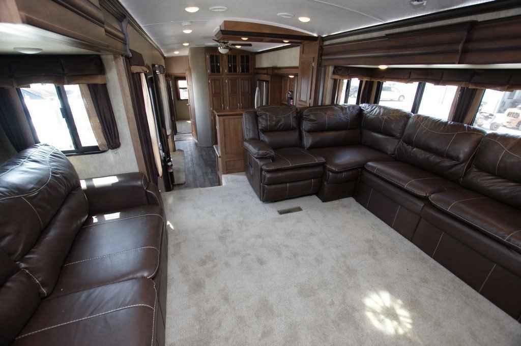 2016 Used Keystone Montana 3711fl Fifth Wheel In Texas Tx