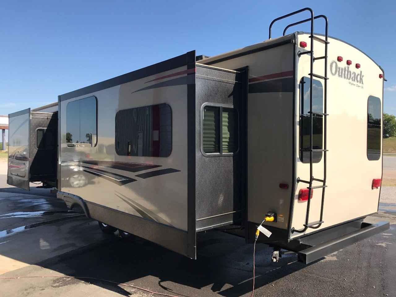 2016 Used Keystone Outback 326rl Travel Trailer In Oklahoma Ok