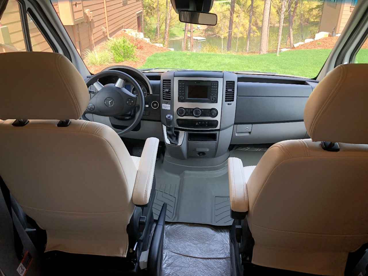 2016 Used Leisure Travel UNITY FX Class C in Montana MT