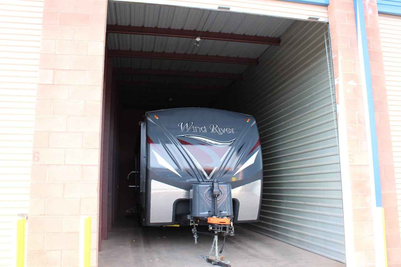 2016 Used Outdoors Rv Manufacturing Wind River 240rksw
