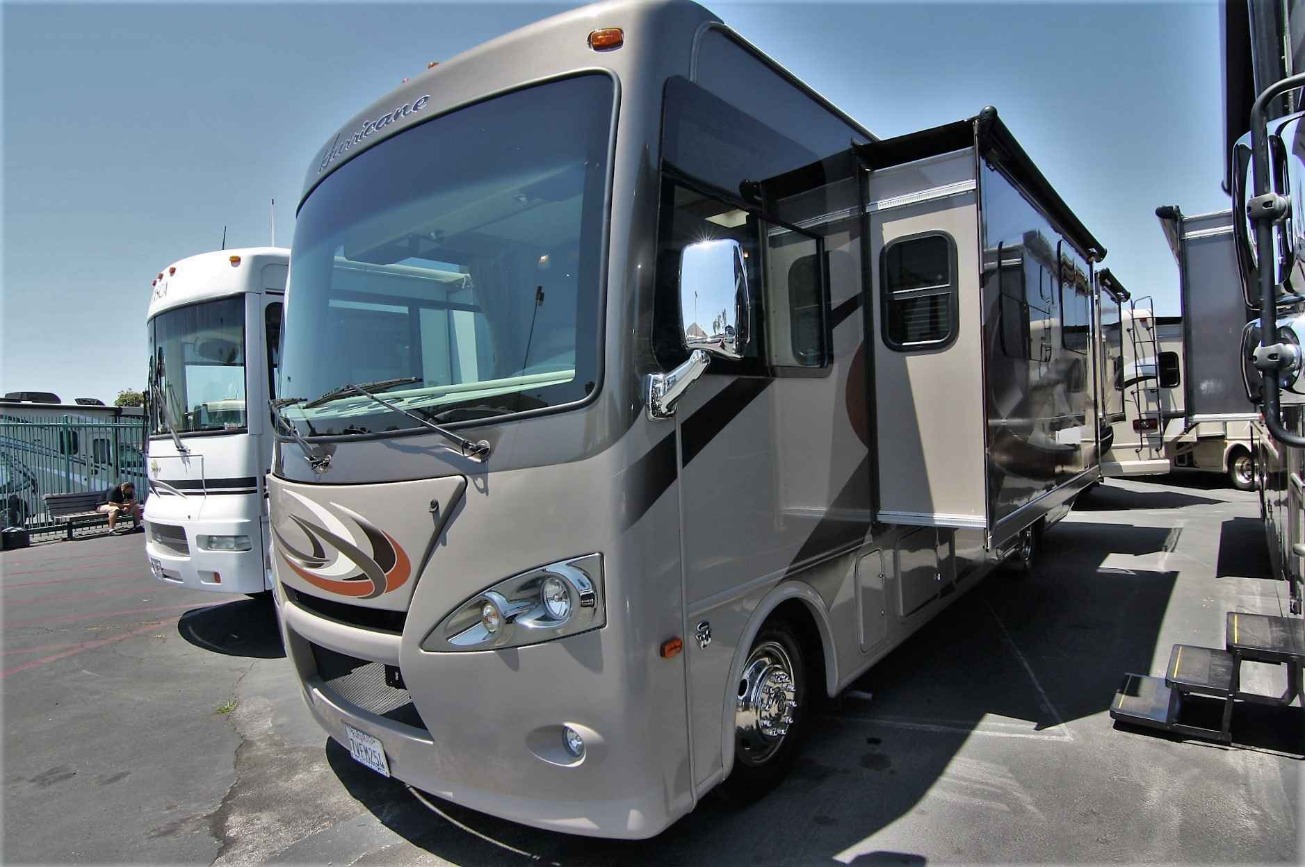 2016 used thor motor coach hurricane 31s class a in for 2016 thor motor coach