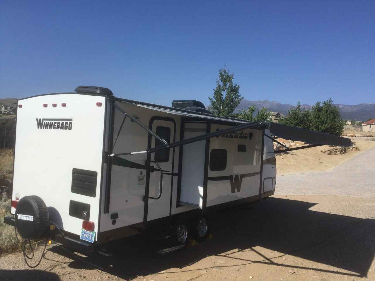 Winnebago Minnie Winnie Travel Trailer