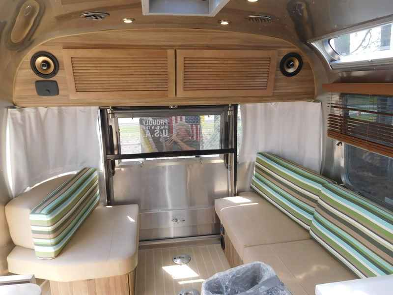 Unique 2017 Airstream Tommy Bahama Special Edition Travel   Upcomingcarshq.com