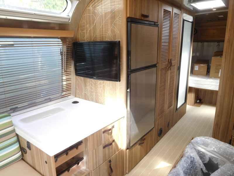 Wonderful 2017 New Airstream Tommy Bahama U00c2u00ae Special Edition Travel Trailer 27FB Travel Trailer In South ...