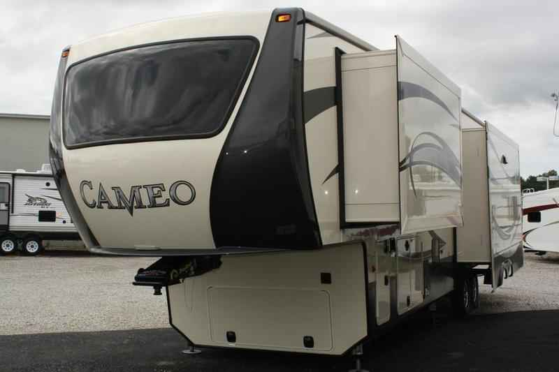 2017 New Crossroads Rv Cameo 38 Rl Fifth Wheel In Kentucky Ky
