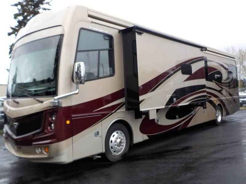 2017 New Fleetwood Discovery Lxe 40g Class A In Oregon Or