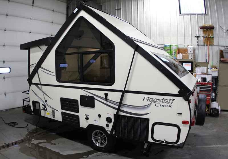 2017 New Forest River Flagstaff Hard Side Pop Up Campers