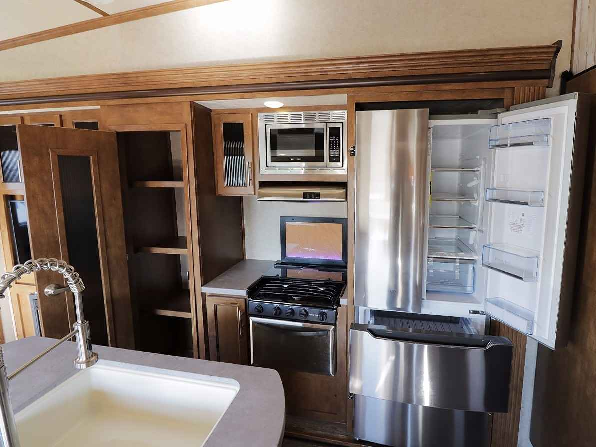 2017 New Forest River Sabre Cobalt 36bhq Fifth Wheel In