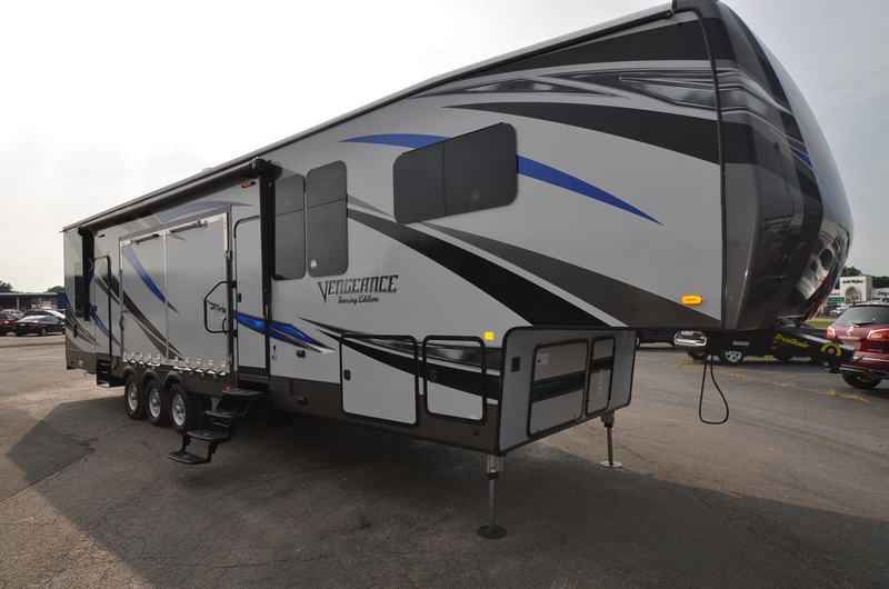 2017 New Forest River Vengeance 40d12 Toy Hauler Toy