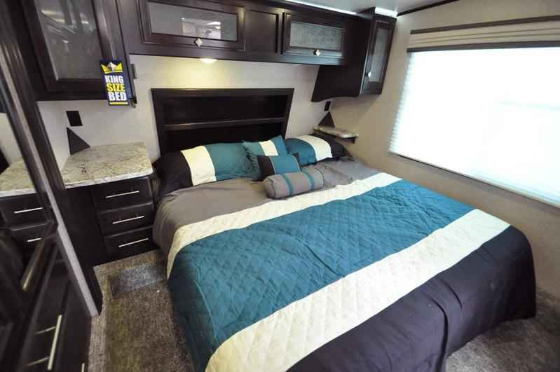 2017 new heartland rv road warrior rw427 bath 1 2 bunk beds fifth wheel in texas tx Rv with 2 bedrooms 2 bathrooms