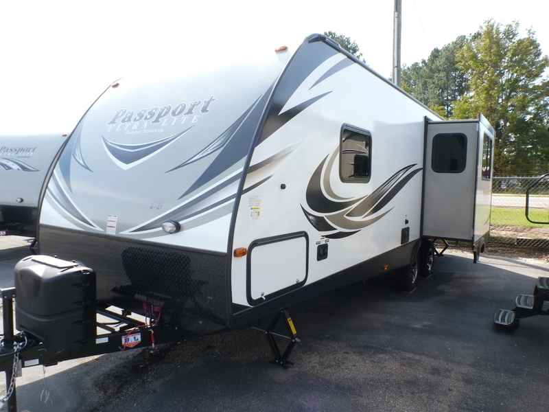 Fully Self Contained Travel Trailer