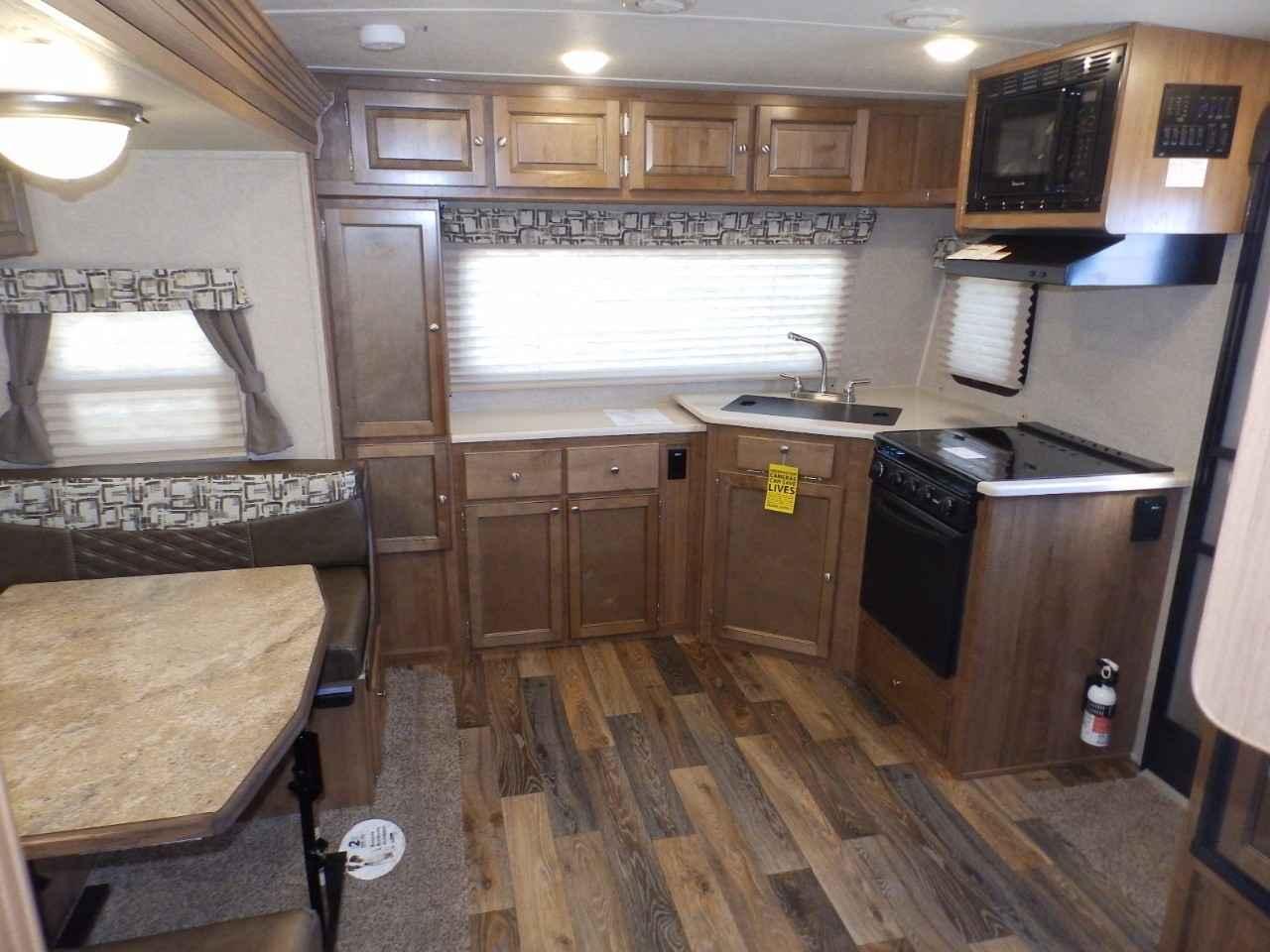 2017 New Rockwood 2506s 1 Slide Front Kitchen Sapphire