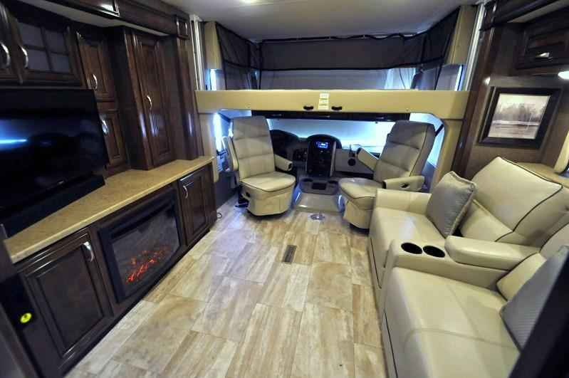2017 New Thor Motor Coach Challenger 37kt Theater Seats