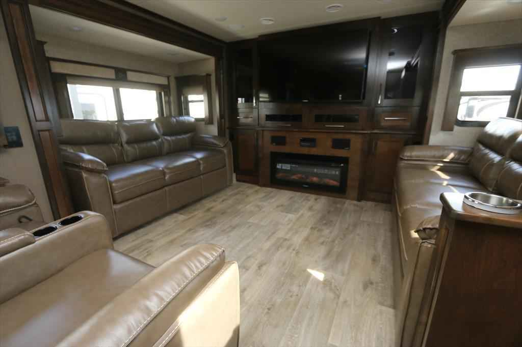 2017 New Vanleigh Vilano 375fl Fifth Wheel In Louisiana La