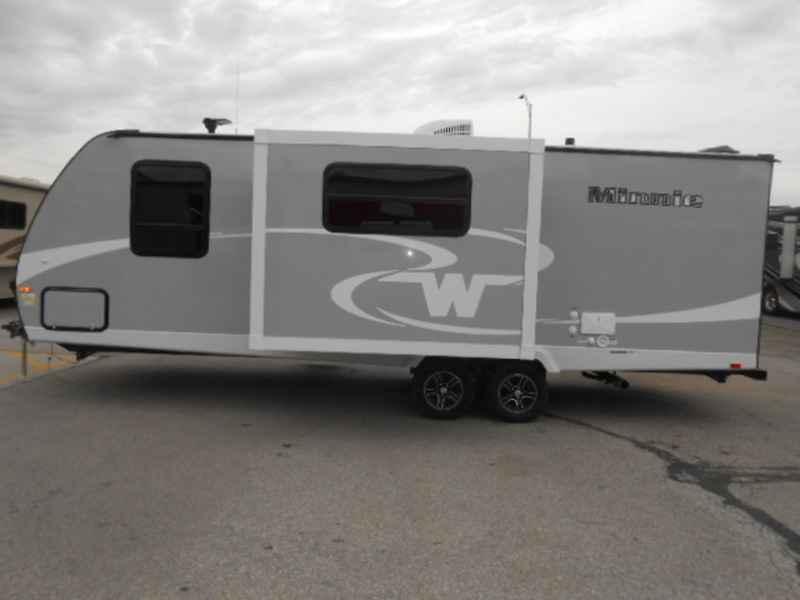 Model 2017 Winnebago Industries Inc Navion Im524g For Sale