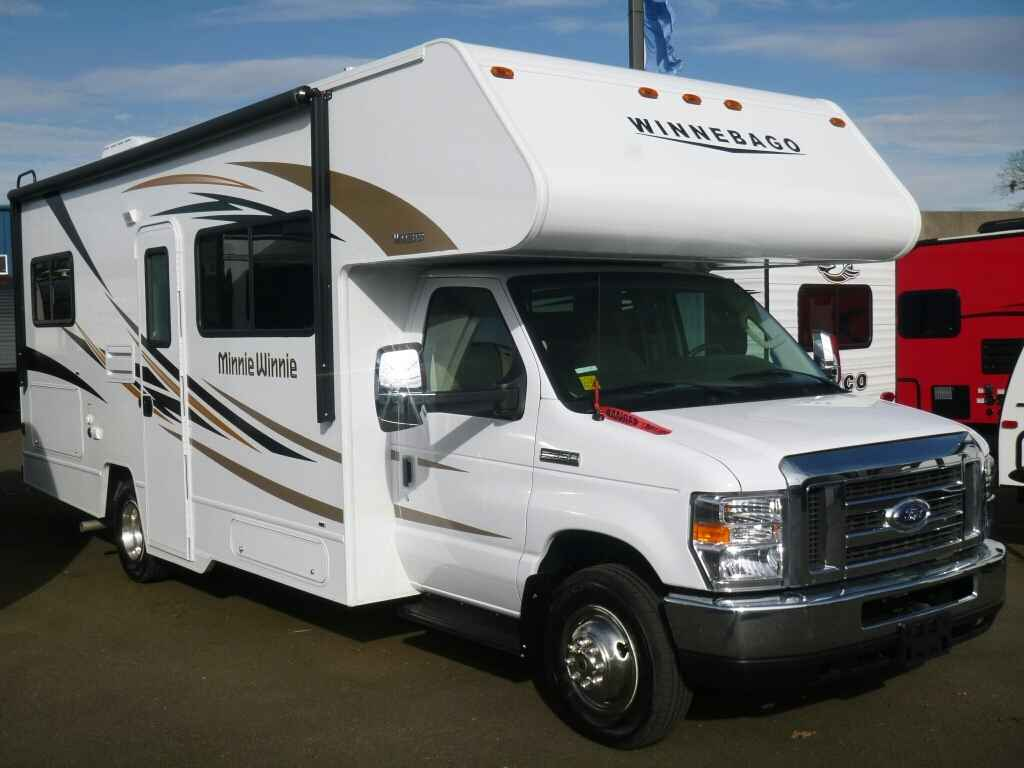 2017 New Winnebago Minnie Winnie 25b Class C In Oregon Or
