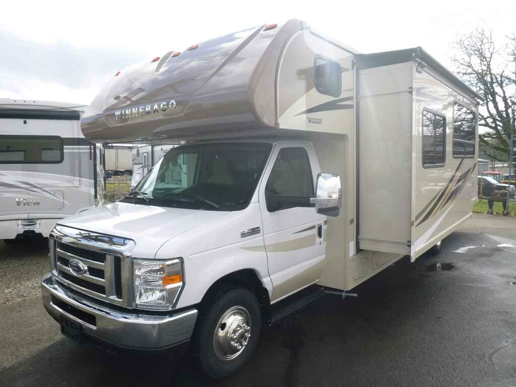 2017 New Winnebago Minnie Winnie 31K Class C in Oregon OR
