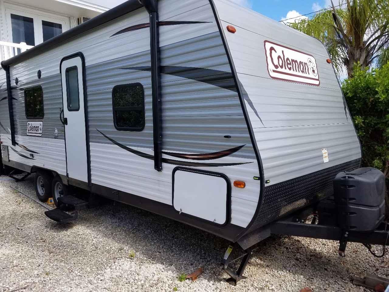 2017 Used Dutchmen Coleman 235qb Travel Trailer In Florida Fl