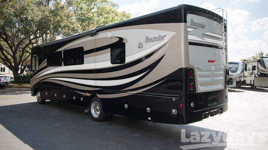 2017 Used Fleetwood Rv Bounder 35k Class A In Florida Fl