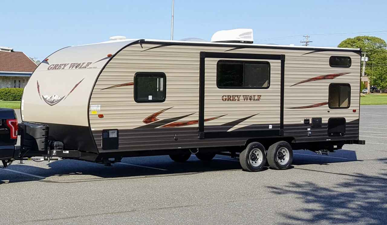 2017 Used Forest River CHEROKEE GREY WOLF 23DBH Travel ...