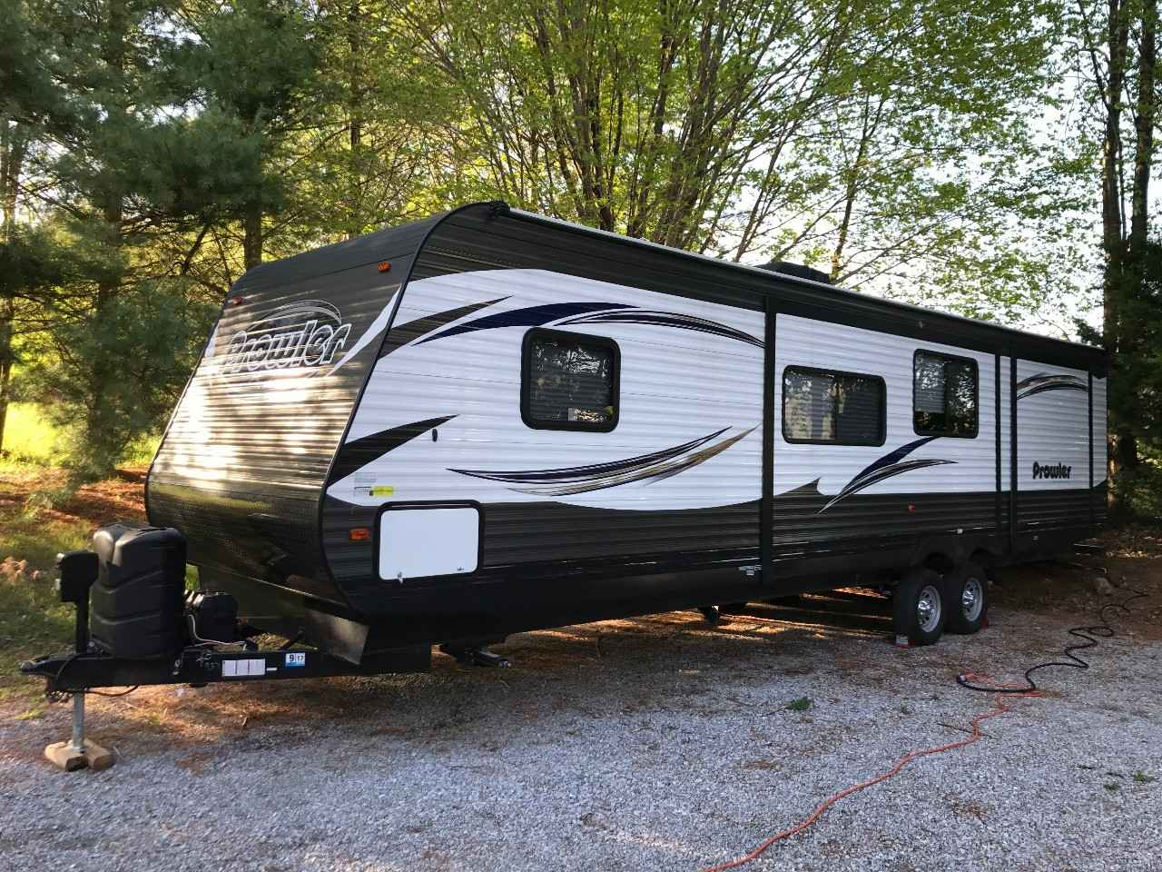 2017 Used Heartland PROWLER 33PBHS Travel Trailer in ...