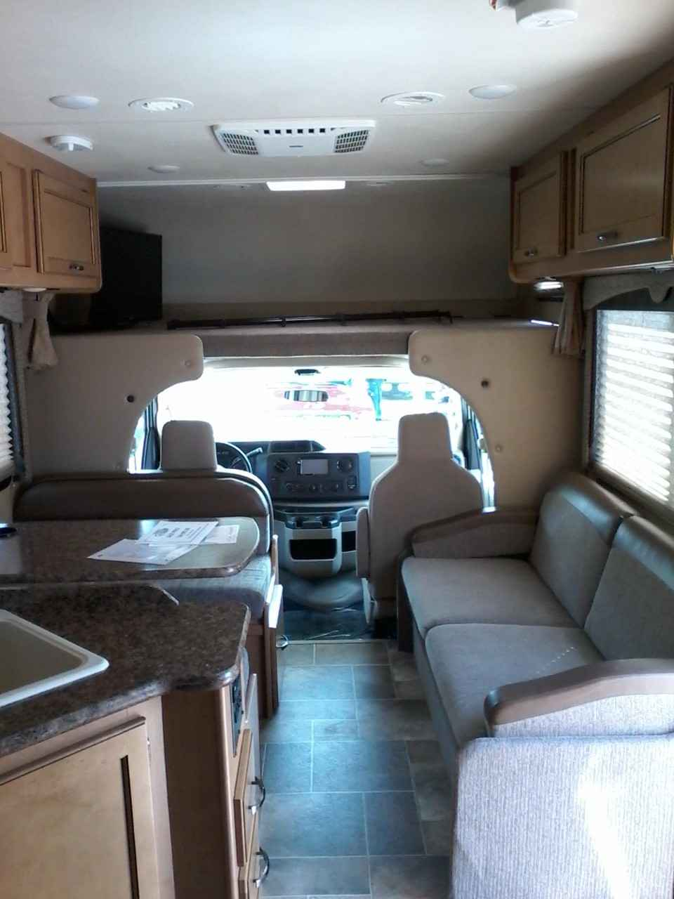 2017 Used Thor Motor Coach Freedom Elite Class C In Texas Tx