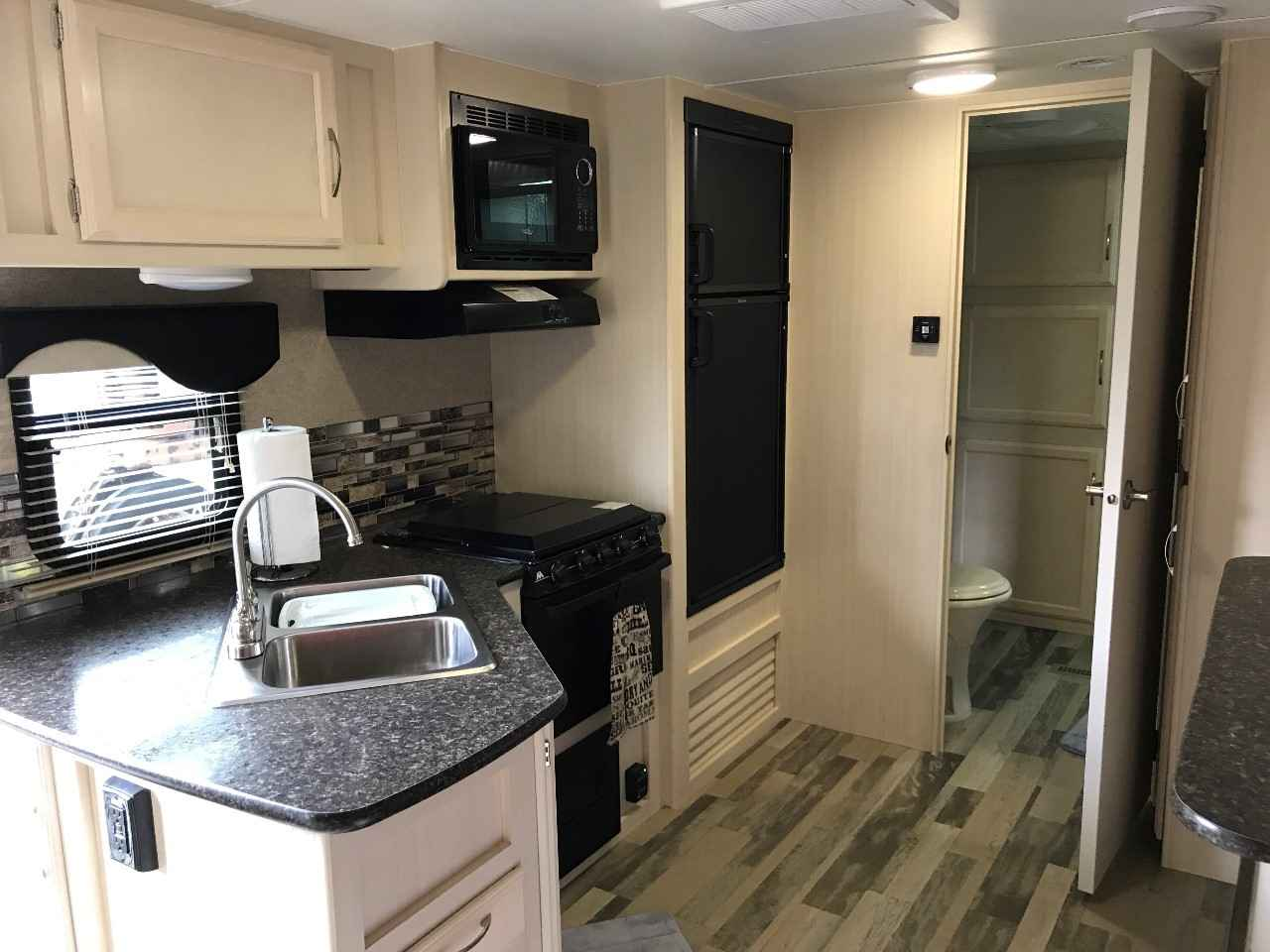 Campers For Sale Near Me >> aeonhart.com Winnebago Minnie Travel Trailer Used With Excellent Styles 32