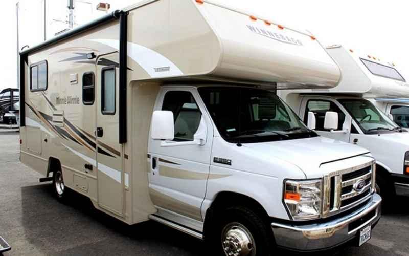 Wonderful 2014 Winnebago Minnie Winnie 31H Class C Lexington KY Northside RVs