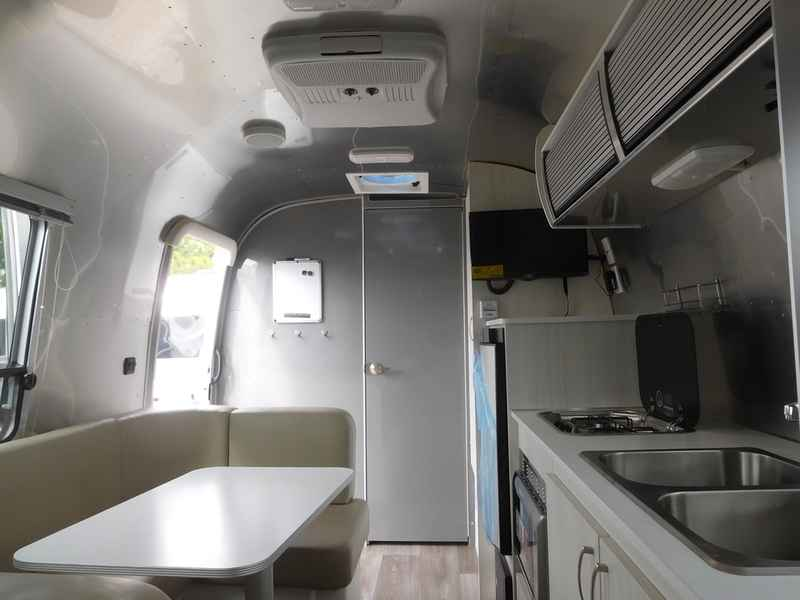 2018 New Airstream Sport 22FB Travel Trailer in South