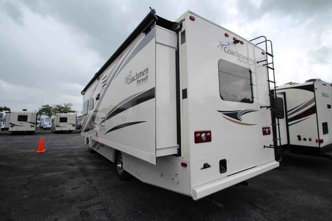 Elegant 2018 New Coachmen Pursuit 29SS Class A In Florida FL