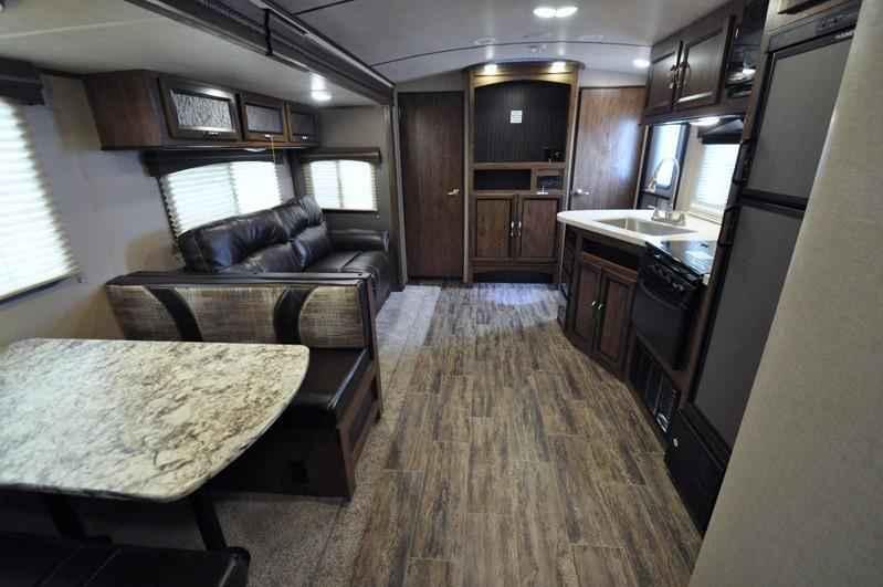 Class B Rv Manufacturers >> 2018 New Cruiser Rv Radiance Ultra-Lite 28QD Bunk Model RV W/King Bed Travel Trailer in Texas TX