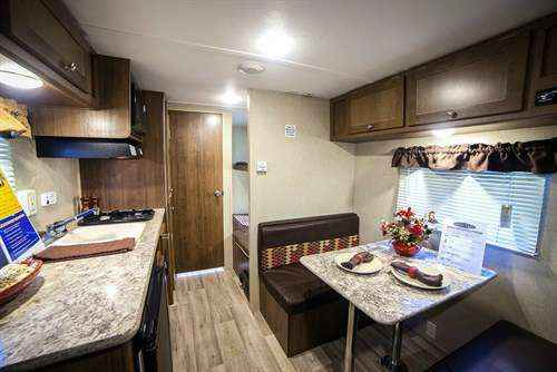 2018 New Dutchmen Aspen Trail Mini 1700bh Travel Trailer