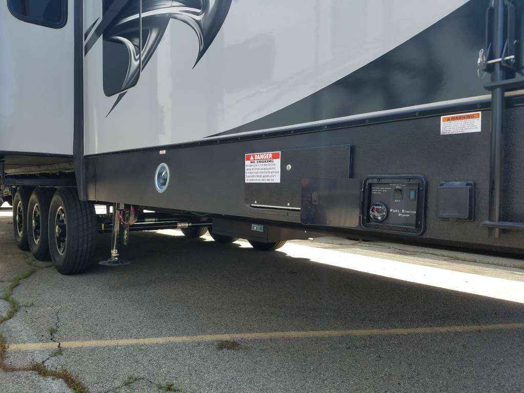 2018 New Eclipse Iconic 3515ikg Toy Hauler In California Ca