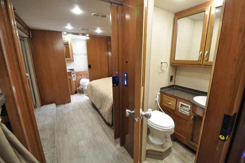 2018 new fleetwood bounder 36h bunk house bath 1 2 rv for 2 bathroom class a rv