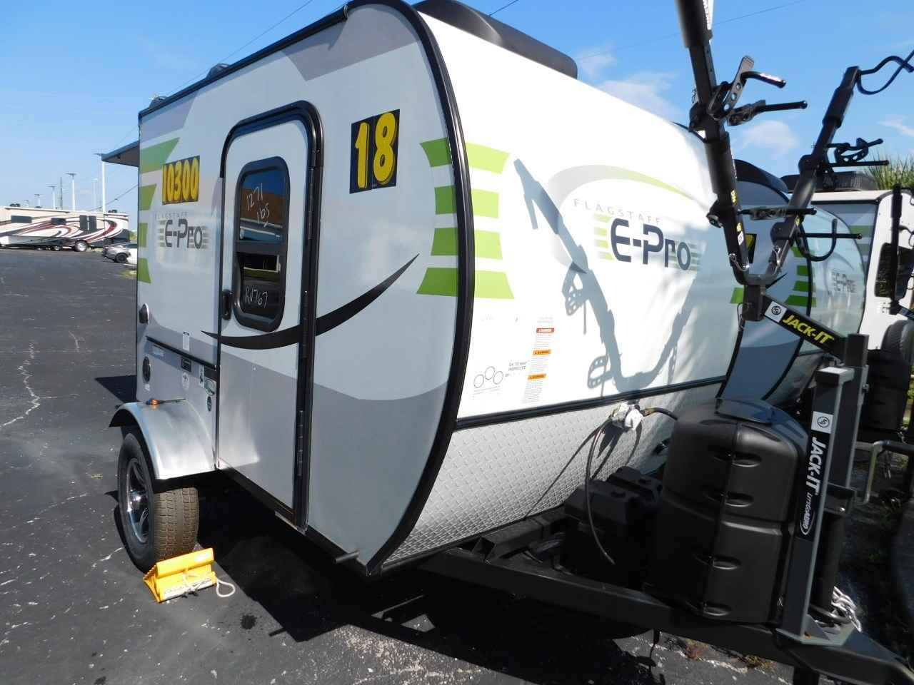 2018 New Forest River FLAGSTAFF E-PRO 12RK REAR KITCHEN ...