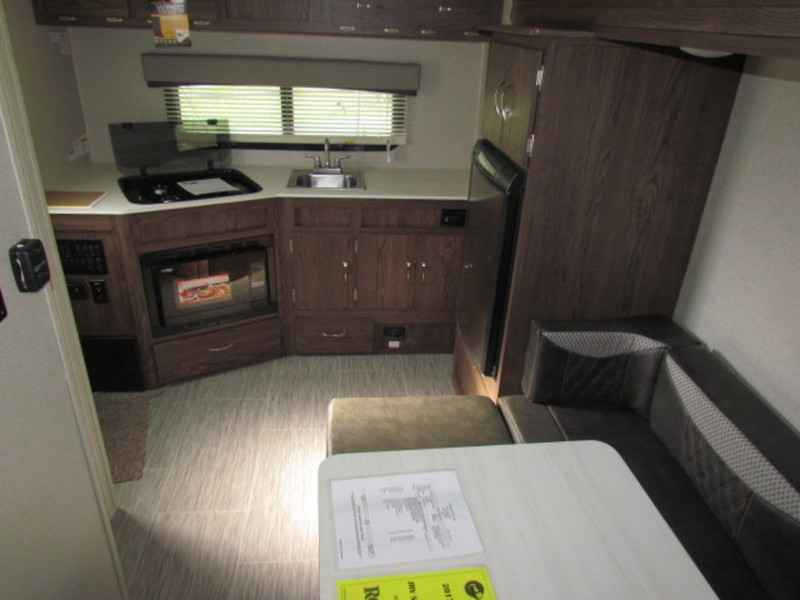 2018 New Forest River Rockwood Geo Pro G17rk Travel