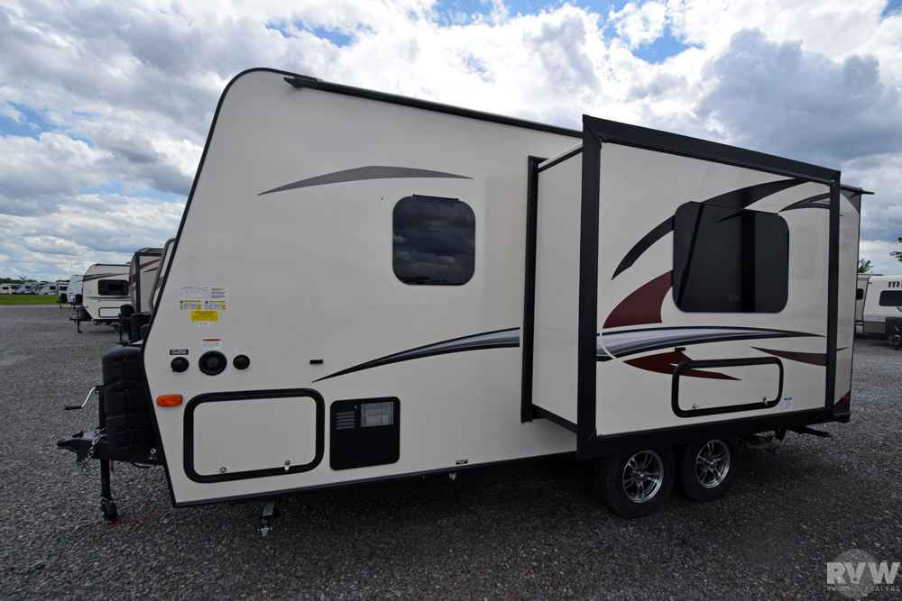 2018 New Forest River Rockwood Mini Lite 2109s Travel