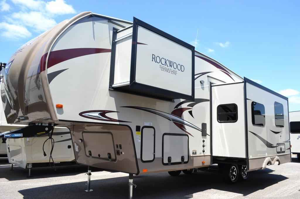 2018 New Forest River Rockwood Signature Ultra Lite 8298ws